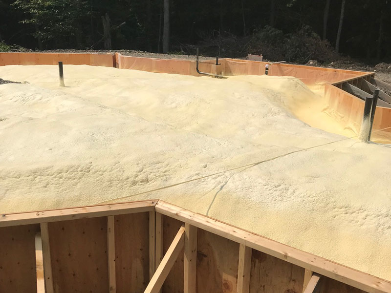 geo dome foundation with spray foam insulations